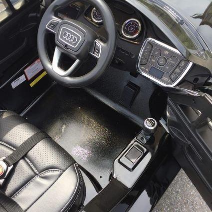 Электромобиль Audi Q7 Quattro Lux черный (колеса резина, кресло кожа, пульт, музыка)